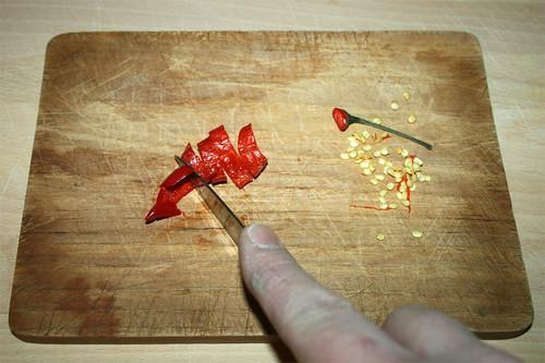 13 - Chili schneiden