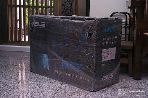 Asus_PA246Q_unboxing_02