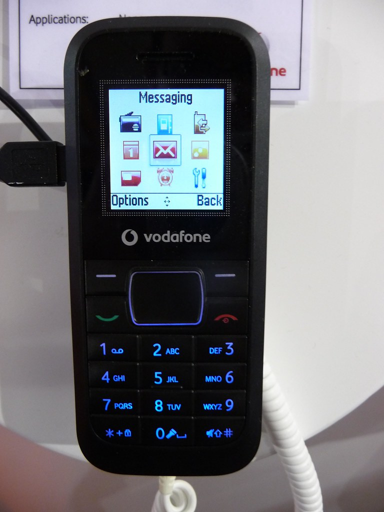 Vodafone 252: Ultra-low cost MediaTek powered phone