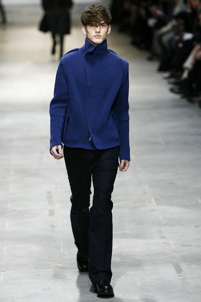 Joe Flemming3001_FW11_Milan_Costume National(VOGUEcom)