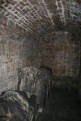 An open tomb room