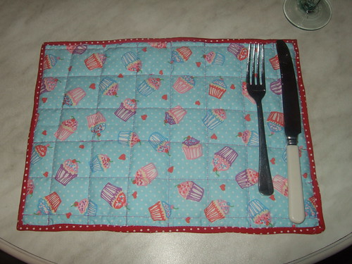 cup cake table mat