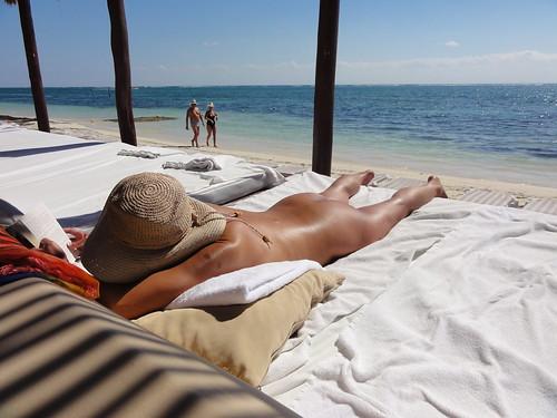 nude beach voyeur clips sketch pics: nudebeach, tanned, desire, hot, oriental, tulum, mexico, sexy