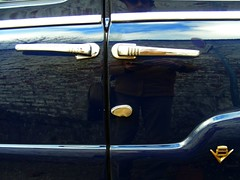 FORD Vendôme (1954)... (xavnco2) Tags: blue france ford french antique badge common v8 classiccars bleue picardie somme vedette vendôme marcelcave gavap