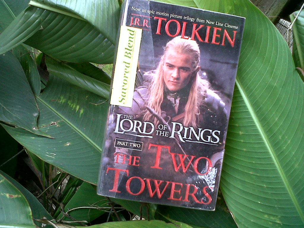 a striking analysis of the fellowship of the ring by j r r tolkien Striking terror in the hearts of authors jrr tolkien and participation in the fellowship of the ring made them , video, analysis, lord of.
