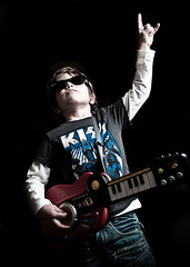 KID ROCK 1 (Emmanuel RIGAUT) Tags: umbrella kid nikon kiss child guitar flash hardrock strobe sb800 d700 shootthru