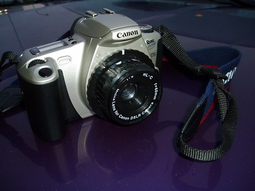 Canon Rebel 2000 with Holga Lens