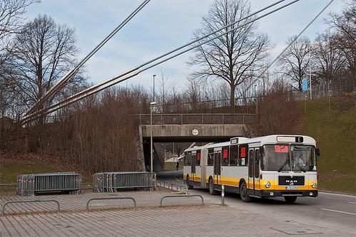 Mit Passieren der vorletzten Unterführung ist der Prototyp-Bus schon fast am Ziel angekommen