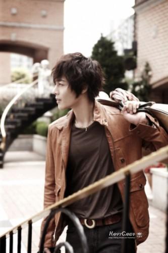 Kim Hyun Joong 100 Million Won Donation to Japan Earthquake Victims [14.03.11]