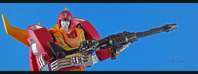 Masterpiece MP-1/MP-4 Optimus, MP-2 Ultra Magnus/Ultramag, MP-3 Starscream/Égo, MP-5 Mégatron, MP-6 Skywarp/Fraudeur, MP-7 Thundercracker/Coup de Tonnerre, MP-8 Grimlock/La Menace, MP-9 Rodimus - Page 13 5529787021_e101b2d7ef_z