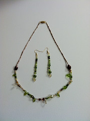 Neckland and earrings