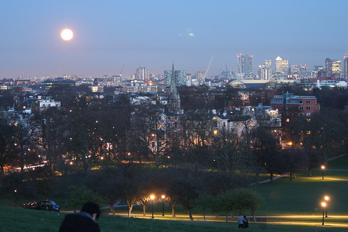 SuperMoon Over Primrose Hill