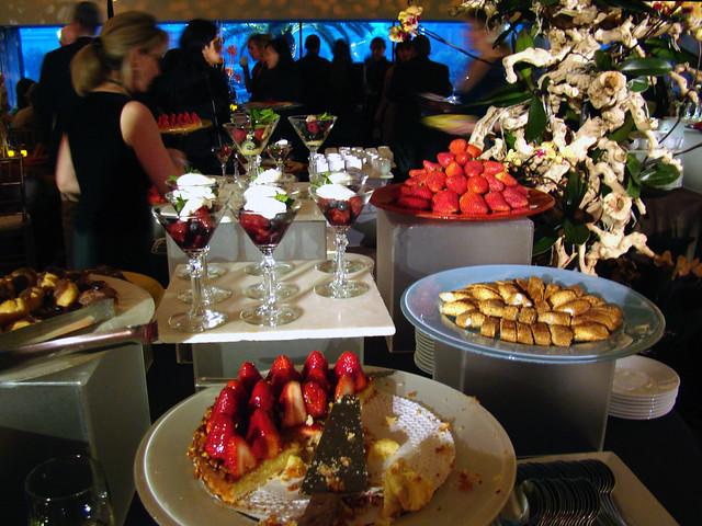 DSC05651 Gala Dessert Display
