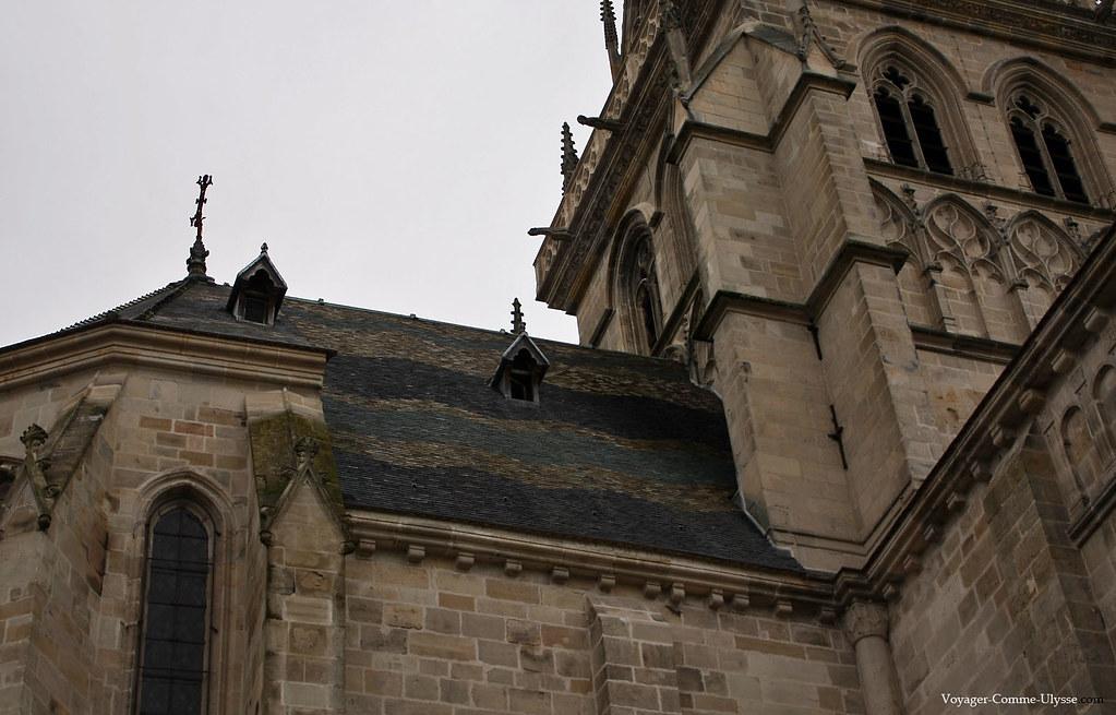 Les fameux toits en tuile vernisée de Bourgogne