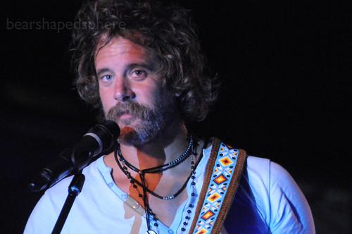 donavon frankenreiter, 1/26/11 concert, santiago, 1