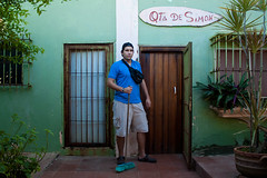 Qta de Simon (Hector Cavallaro) Tags: portrait man beach casa retrato venezuela playa hector miranda gigante escoba tacarigua cavallaro reinaldoodreman qtadesimon