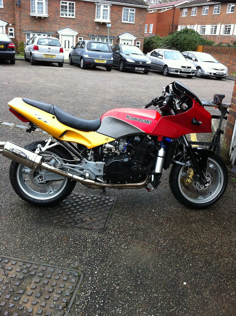 gpz900r with daytona seat unit