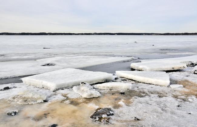 islossning på fjorden