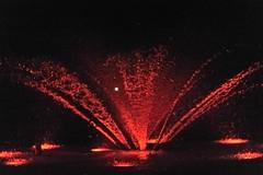 Rojo sangre . Redblood. (SrPolo) Tags: urban water fountain spain agua fuente fiestas noflash nightshots nocturnas correfoc urbanas flickrduel fuentesfountains nikond700 atiarfoc srpolo palmademallrca