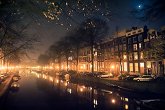 Amsterdam by Night (lambertwm) Tags: reflections lights evening canal nightshot nacht foggy handheld hazy avond singel herengracht gracht mistig amsterdambynight reflecties lonelyatmosphere