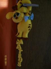 Maaneta Girafinha (Presente de Deus Artesanatos - Roberta) Tags: quarto criana feltro presente girafa maaneta girafinha enfeitedeporta