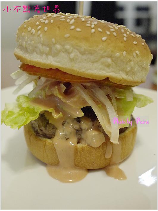 中原Champ Burger 19.JPG