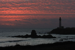Sunset on the Pacific (PIXELVECTOR121) Tags: sunset sea lighthouse pacificocean coastline rockycoastline