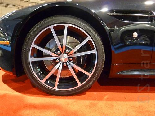 2011 Aston Martin Vantage wheel