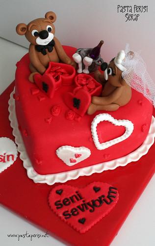 Ayıcıklı Sevgililer günü pastası