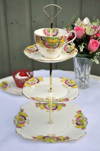floral tiered cake. Painted 3 Tier Cake Stand