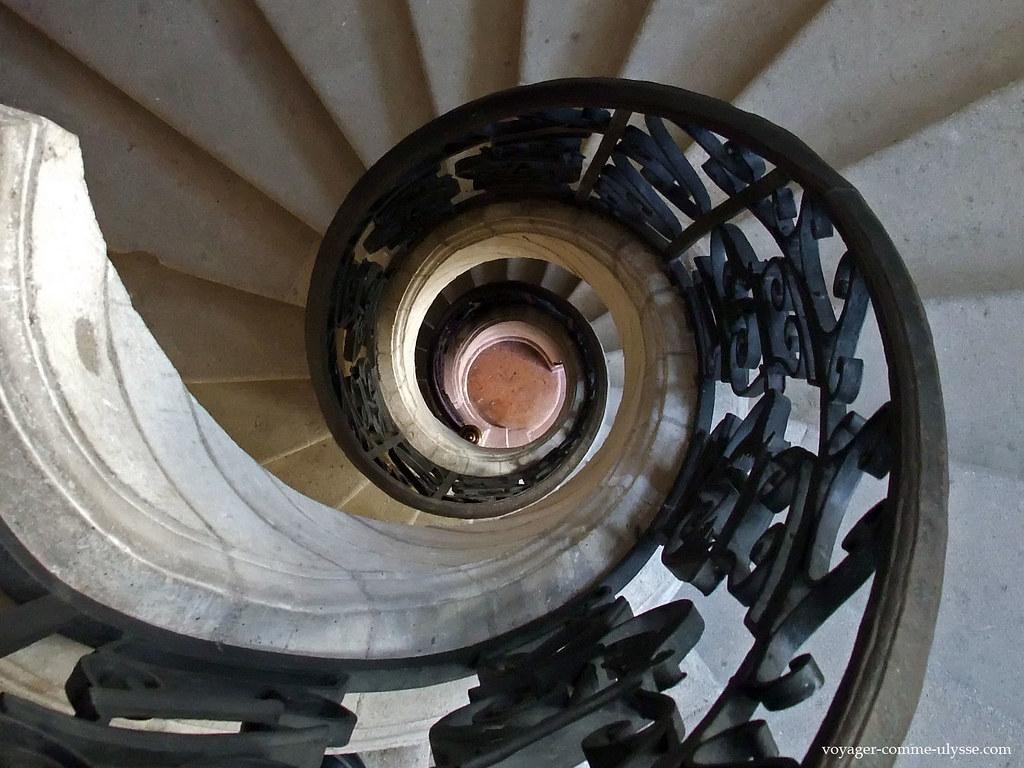 Escalier de la tour Principale, en colimaçon