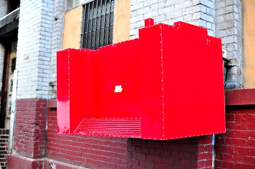 red box on Water St