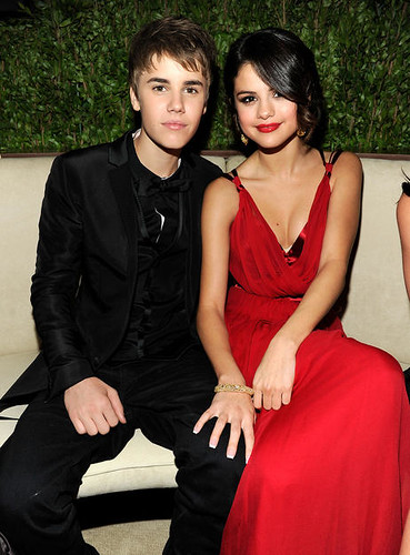 are selena gomez and justin bieber dating 2011. Justin Bieber Selena gomez