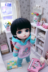 hai :D (Cyristine) Tags: cute yellow miniatures room small tiny kawaii belle bjd rement couture dollhouse harang lati jadeness