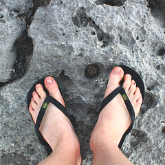 (stweedy) Tags: feet canon mexico eos rebel sandals flipflops t1i