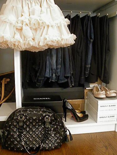 moth design closet