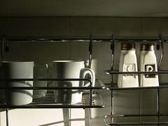 S y L (nochedealaska) Tags: white blanco luz pepper salt sombra cups lightandshadow pimienta sal tazas luzysombra