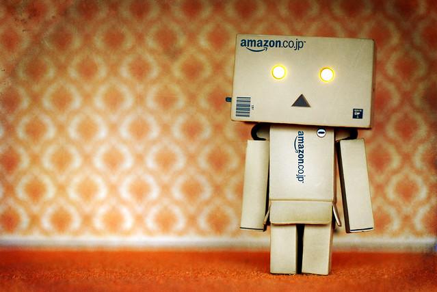 Amazon Sweatshop Exposed in Pennsylvania: Third World Working Conditions