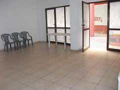 local comercial de 44 m2. En su inmobiliaria Asegil en Benidorm le ayudaremos sin compromiso. www.inmobiliariabenidorm.com
