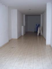 Gran local en pleno centro. Infórmese sin compromiso en su agencia inmobiliaria Asegil. www.inmobiliariabenidorm.com