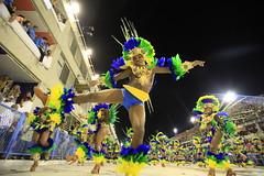 Carnaval 2011 – Escola Portela - Foto: AF Rodrigues | Riotur (Riotur.Rio) Tags: brazil rio brasil riodejaneiro carnaval verão turismo turistas 2011 pedrokirilos kirilos riotur pktures carnivalrioturriodejaneiroturismosambasapucaísambódromocarnavalgrupoespecialapoteoseportelaafrodrigues