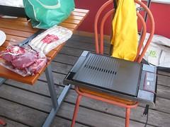 grillen (rena5) Tags: friends food rooftop alex austria sterreich apartment terrasse andreas barbecue graz wohnung sylvia freunde grillen geri steiermark dunja styria kochen