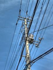 Cable Mast (Matthias Harbers) Tags: sky japan canon telephone cable powershot chiba electricity dxo mast hdr connection g11 kashiwa 3xp photomatix yabbadabbadoo