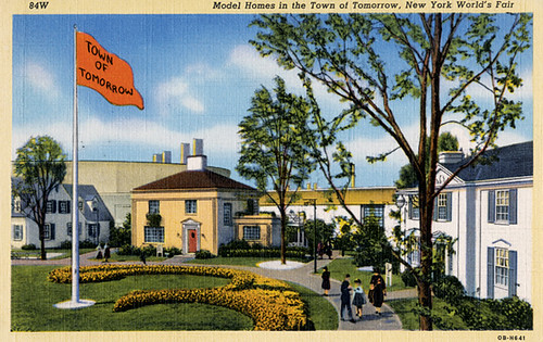 Postcard, Model Homes in the Town of Tomorrow, New York World's Fair