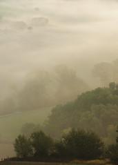 Mirages (montep) Tags: nebbia mattino collina colori casolare alberi alba italia marche macerata foschia fog morning sunrise hill house trees italy