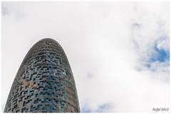 Torre Agbar (Rafel Miro) Tags: barcelona calle carrer catalonia catalunya street torreagbar