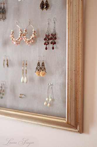 Earring storage solution