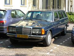 The Car of My Dream! (Canadian Pacific) Tags: street blue holland netherlands dutch car vintage dark automobile utrecht nederland mercedesbenz stationwagon w123 straat estatecar provincieutrecht koninkrijkdernederlanden