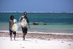 GO FISH (Austrian Alex) Tags: africa net see boat fishing sand kenya indianocean gamewinner dianibeach canon70300mm canon50d gamex2winner gamex3winner pregamewinner gamesweepwinner gamex3gamex2vsgamex2winners gamex2gamevsgamewinners