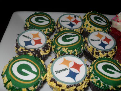 Superbowl Cupcakes At Astoria Market